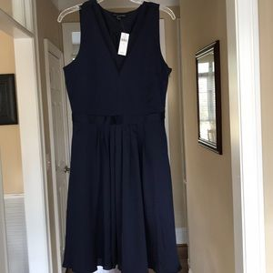 A brand new banana republic dress